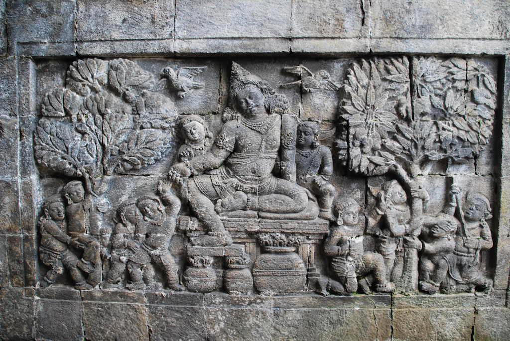 Yogyakarta Itinerary. Mendut Temple Carving