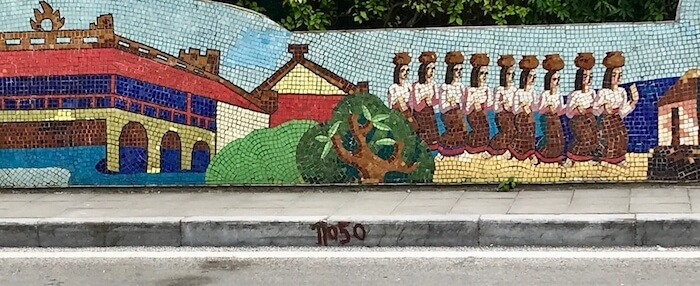Hanoi Highlights the Best Street Art & Mosaics
