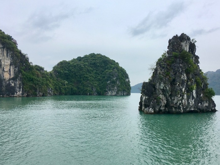 When & How to Do Halong Bay Cruise 3 days 2 nights